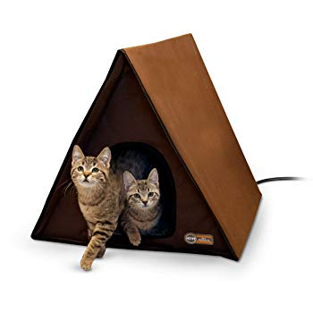 K&H Pet Products Outdoor Heated Multi-Kitty A-Frame Chocolate