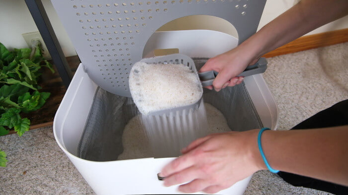 Cleaning Modkat top entry litter box